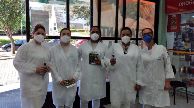 Alunos de Enfermagem da Fundação Educacional orientam e fazem triagem da população
